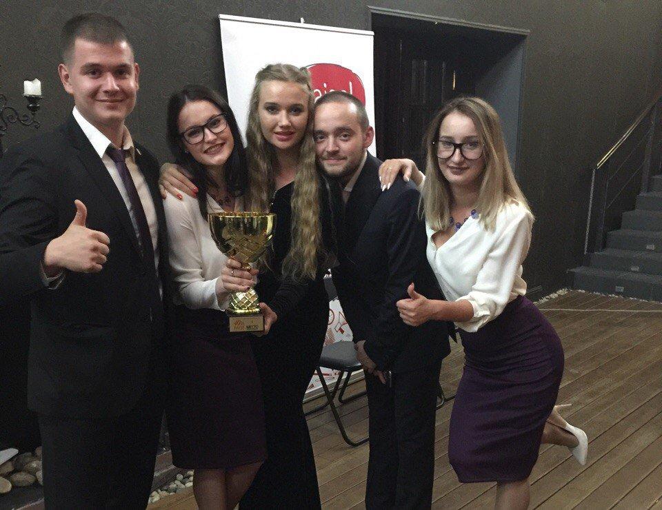Нижегородские студенты получили Кубок всероссийского акселератора социальных инициатив RAISE