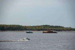На месторождения АО «НК «Конданефть» за минувшую навигацию доставлено более 30 тысяч тонн грузов