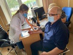 Без отрыва от производства: в Обществах «ННК-Варьёганнефтегаз» группы ННК началась массовая вакцинация сотрудников